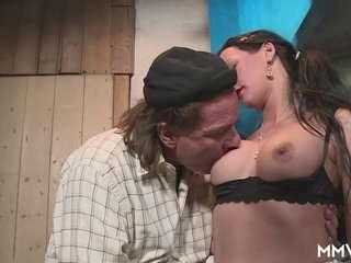 Порно фильмы старые онлайн в колхозе