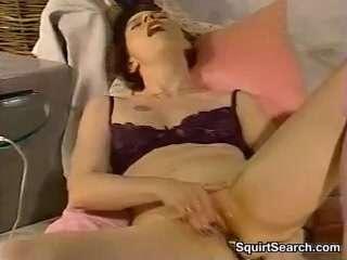 Порно ролики бабы маструбируют