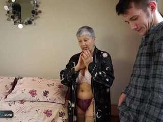 Совсем старые бабульки ебутся смотреть бесплатно