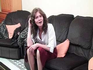 Бабушкина обвисшая грудь порно