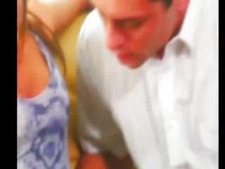 Видео как бабы суют себе в жопу все что попала в руки