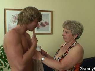 Бабки сосут у дедков