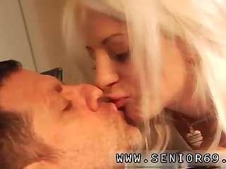 Порно старых бабушек спящими