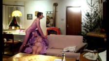 Немецкие бабушки голые развлекаются с внуками