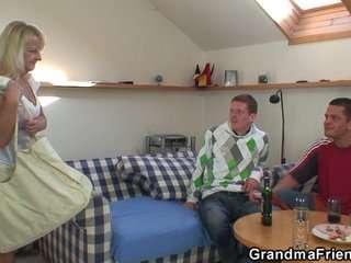 Порно старые бабушки в деревне