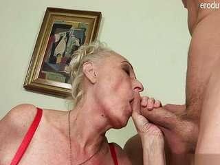 Порон видео бабушек с огромной грудью фото 209-182