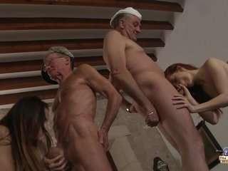 Порно група дедуль