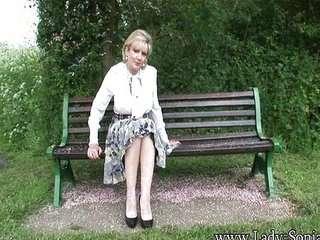Видео английские старые леди в порно