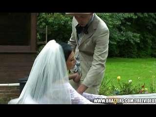 Порно дед ебет невесту внука